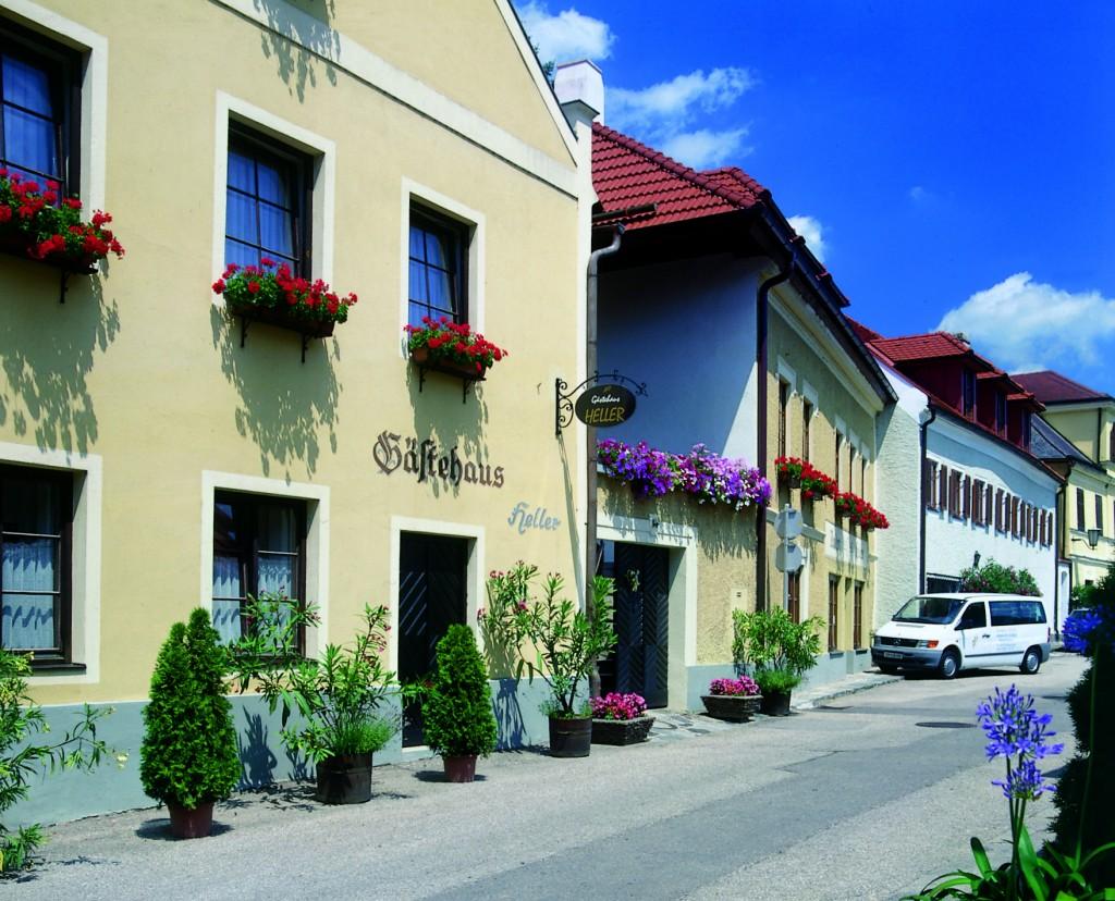 Gästehaus Heller am Donauradweg